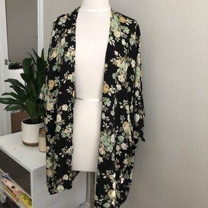 LF kimono